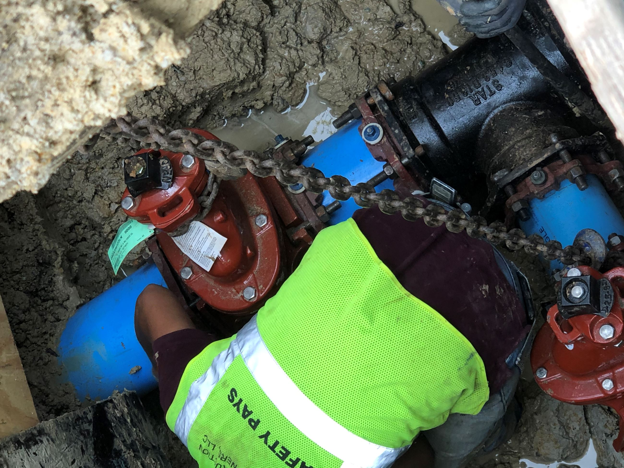 Connecting Gate Valves to New Pipes